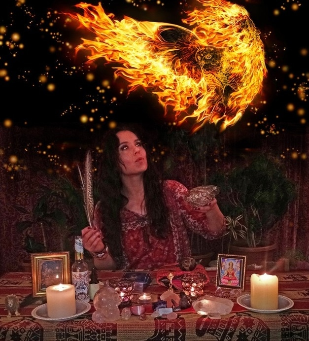 Arriale Starbird, Shamanic Energy Healer, Spiritual Counselor, Past Life Regressionist, Teacher of Psychic Self Defense, Spiritual Protection, Psychic Development and Shadow Integration.